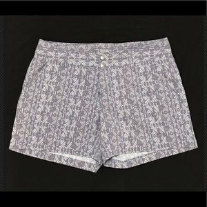 Columbia Womens Shorts Purple Print Size 12